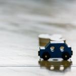 車_おもちゃ